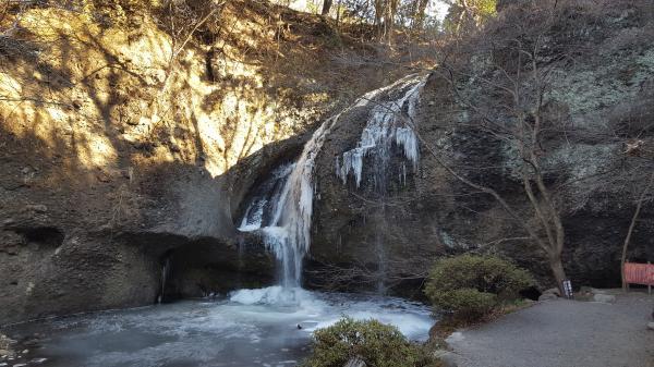 『月待の滝0118-1』の画像